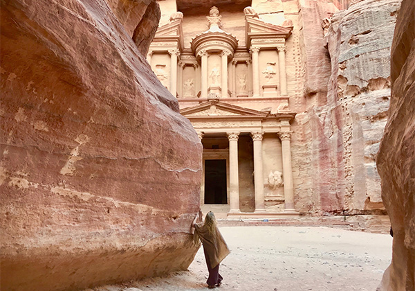 Un monde de voyage à Petra